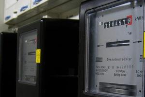 Wann lohnt es sich, den Stromanbieter nach dem Einzug in eine neue Wohnung zu vergleichen?